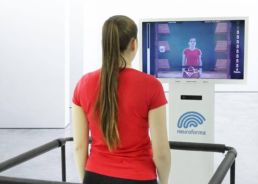 Erfahren Sie, wie Neuroforma PRO funktioniert - ein Gerät zur Rehabilitation von körperlicher, kognitiver und Gleichgewichtskontrolle